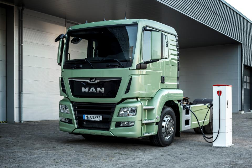electric-commercial-vehicle-future