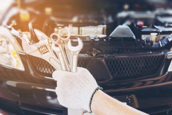 15-practical-car-maintenance-tips