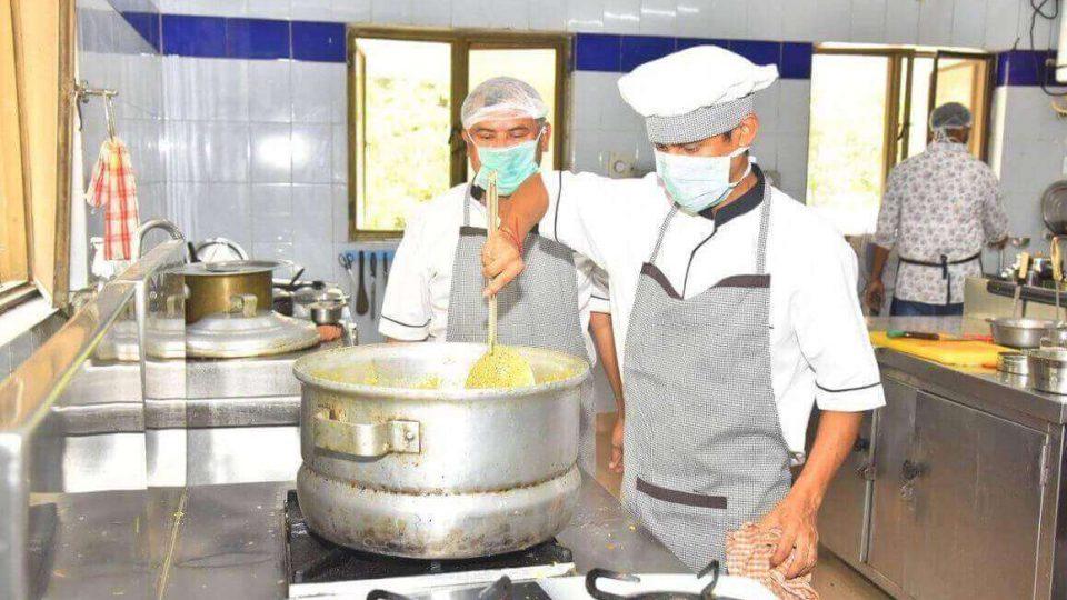 mahindra-kitchen-covid-19
