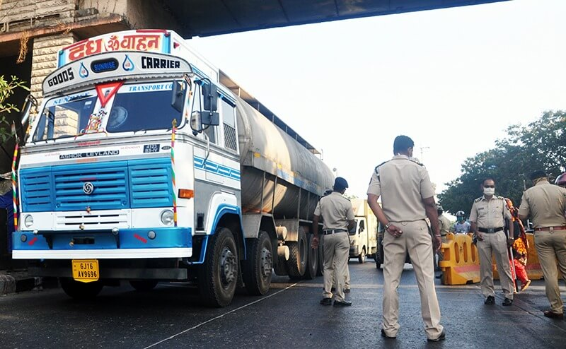 police-screening-truck-india