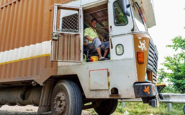 indian-truck-driver