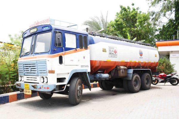 petrol-pump-truck-india