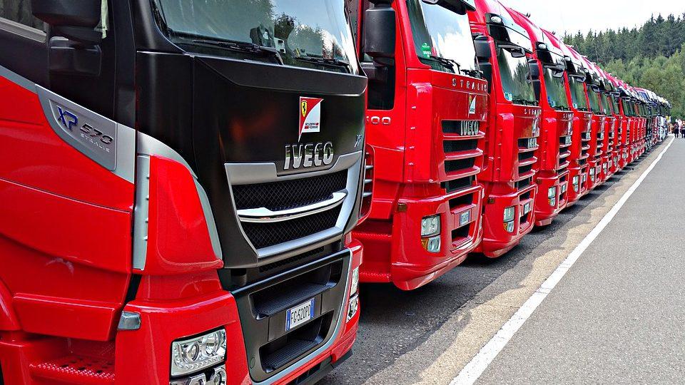 fleet-management-can-help-businesses-save-money