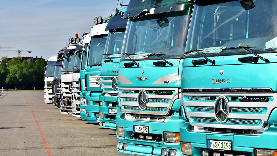 how-to-streamline-business-with-fleet-management