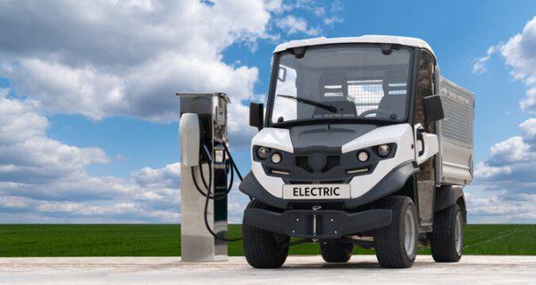 what-to-consider-before-switching-to-electric-fleet