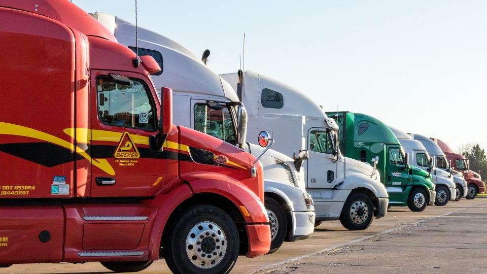 5-ways-to-improve-fleet-performance-with-fleet-tracking